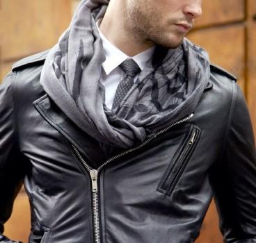 blouson-cuir-cravate-echarpe-e1414145449449